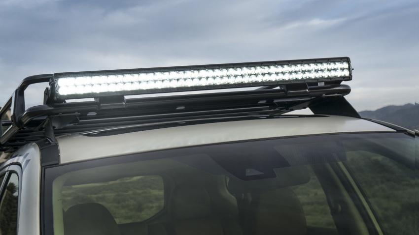 допълнителни LED светлини