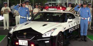 полицейски gt-r